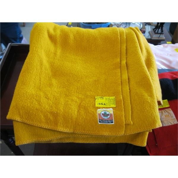 YELLOW WOOL BLANKET BY PLESSIS
