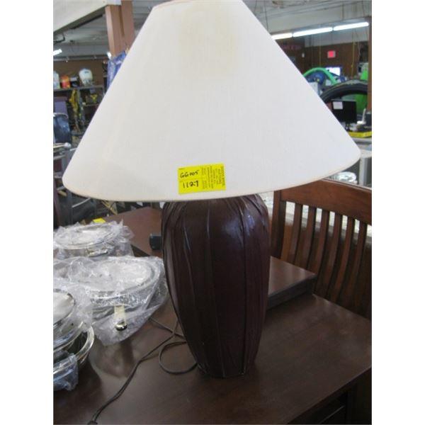 BROWN CERAMIC BASED LAMP
