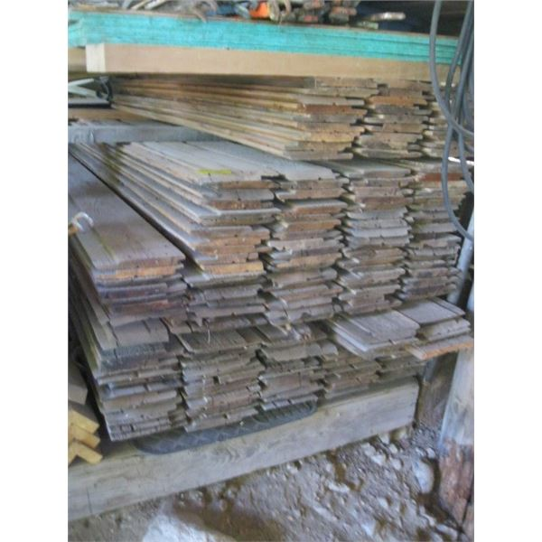 LG. LOT OF CEDAR BOARDS **ITEM OFF SITE, CALL FOR VIEWING APPOINTMENT**