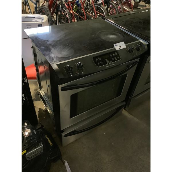 FRIGIDAIRE ELECTRIC STOVE WITH CONVENTIONAL OVEN
