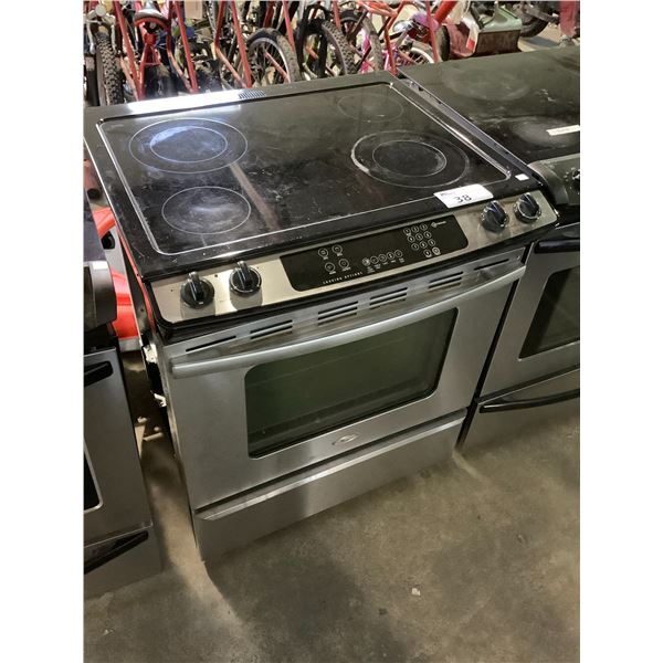 WHIRLPOOL ELECTRIC STOVE WITH CONVECTION OVEN