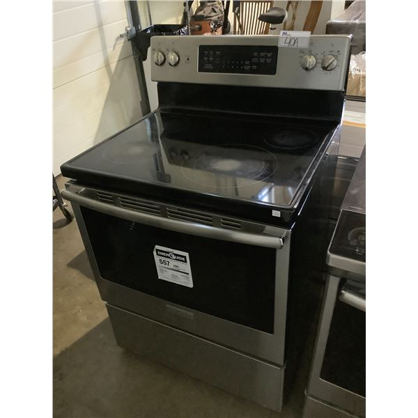 INSIGNIA ELECTRIC STOVE WITH CONVENTIONAL OVEN