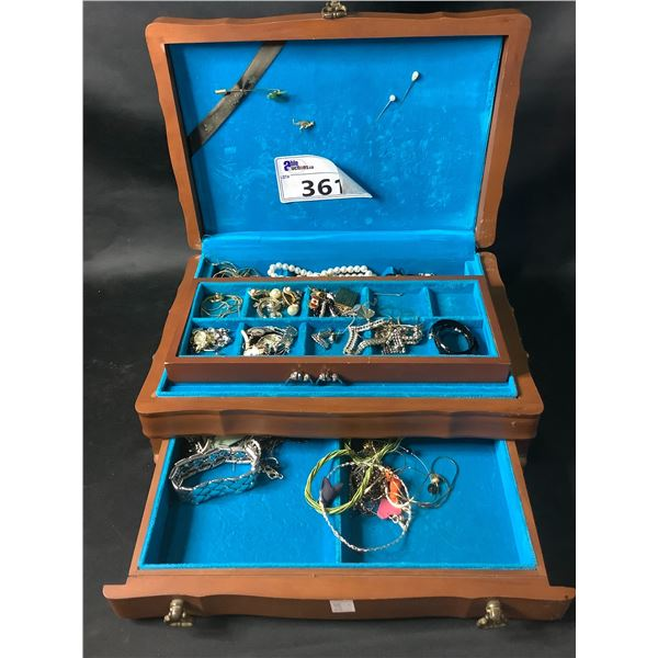ENGRAVED JEWELRY BOX & CONTENTS