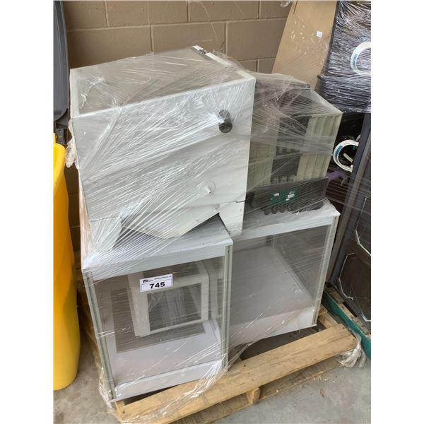 GLASS DISPLAY CASES, ENCLOSED BOX, MISC (SET DEC ITEMS)