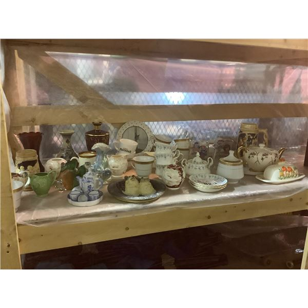 ASSORTED DISHWARE/GLASSWARE (PLATES, CUPS, BUTTER TRAY, ETC)