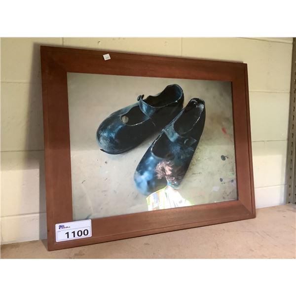 FRAMED PICTURE OF SHOES