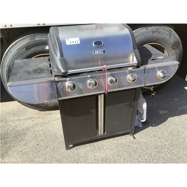 BACKYARD GRILL STAINLESS STEEL BBQ (NEEDS CLEANING)