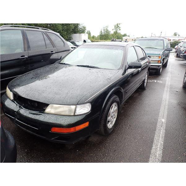 1998 Nissan Maxima