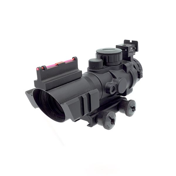 Illuminated Optic with Additional Fiber Optic Sights, Mount and Rails