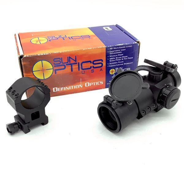 Sun Optics Dot Optic With 2 Mounts and Flip Caps