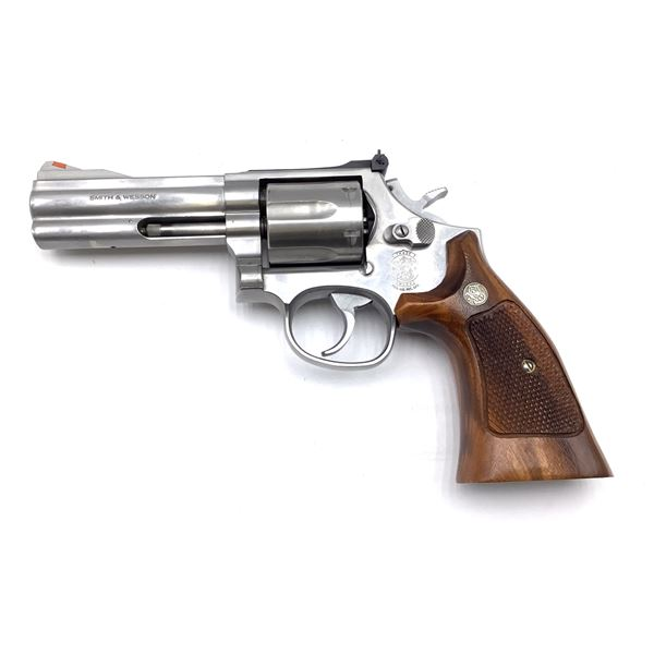 Smith & Wesson 686-4 Revolver 357 Mag, Prohibited