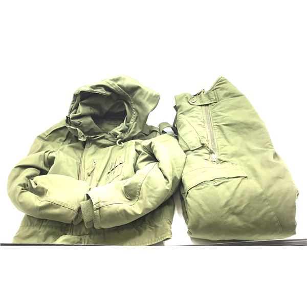 CF Amoured Fighting Vehicle Cold Weather Suit Size medium Regular.
