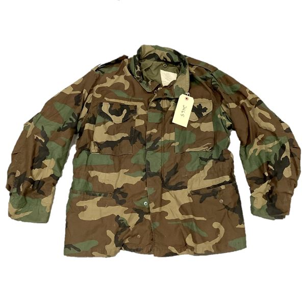 US Military Cold Weather Field Coat, Woodland Camo, Size Large Regular