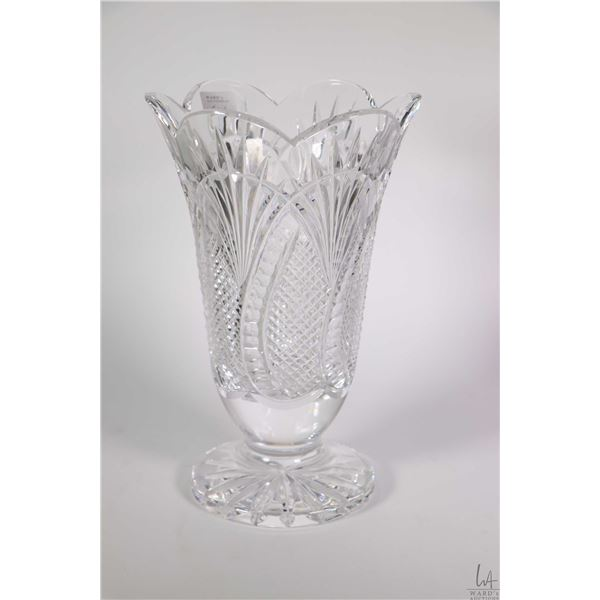 """Signed Waterford Seahorse scalloped 10"""" flower vase"""