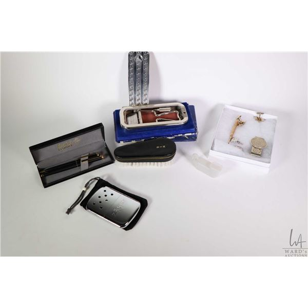Tray lot of vintage collectibles including boxed Rolls Razor, set of boxed English Leather pen set,