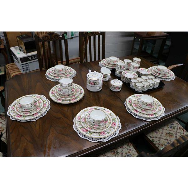 "Royal Worcester ""Royal Garden"" bone china dinnerware including settings for eight of dinner plates,"