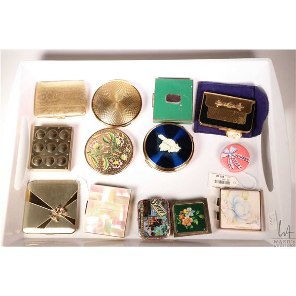 Tray lot of vintage and collectible ladies compacts including English made Stratton, Revlon, Parker