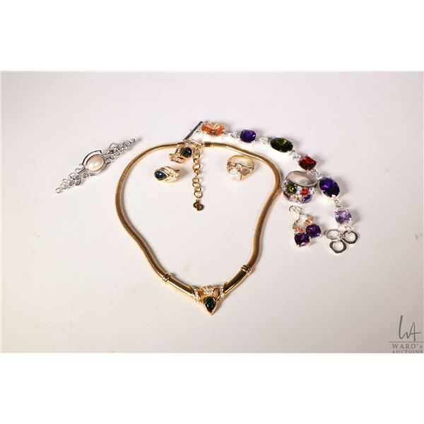 Selection of quality costume jewellery including gem like necklaces, pendants, bracelet, brooch and