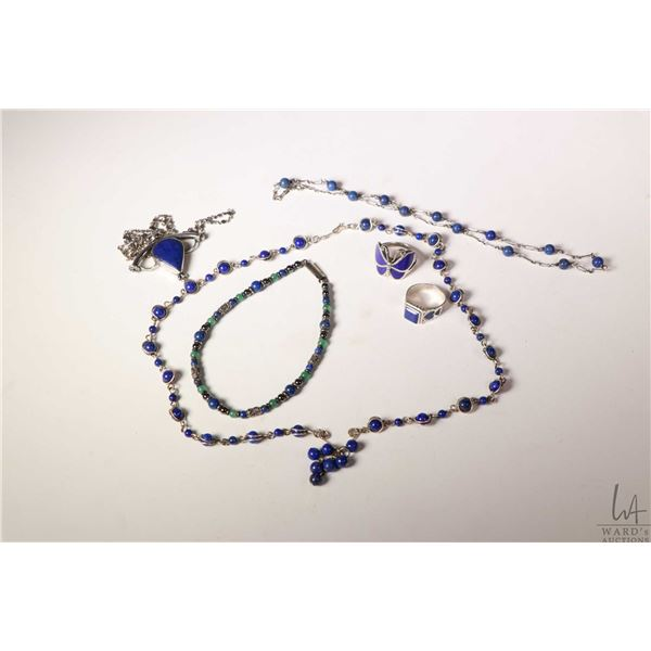 Selection of lapis jewellery including pendant, necklace, beaded lapis and wire necklace, sterling s