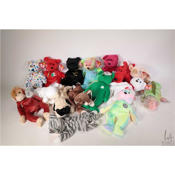 Sixteen collectible Beanie Babies including Schweetheart the orangutan, Fleece the lamb, Ostio the M