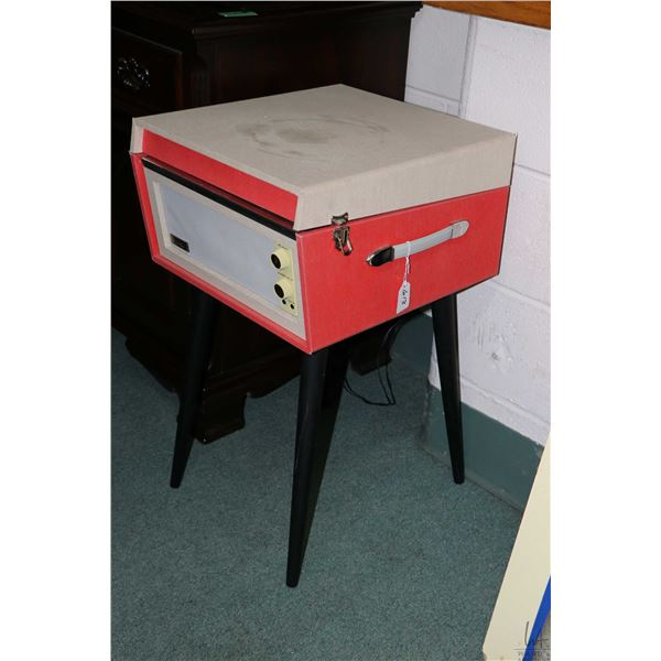 Vintage style modern Crosby floor standing record player with 33 and 45 rpm settings, appears to wor