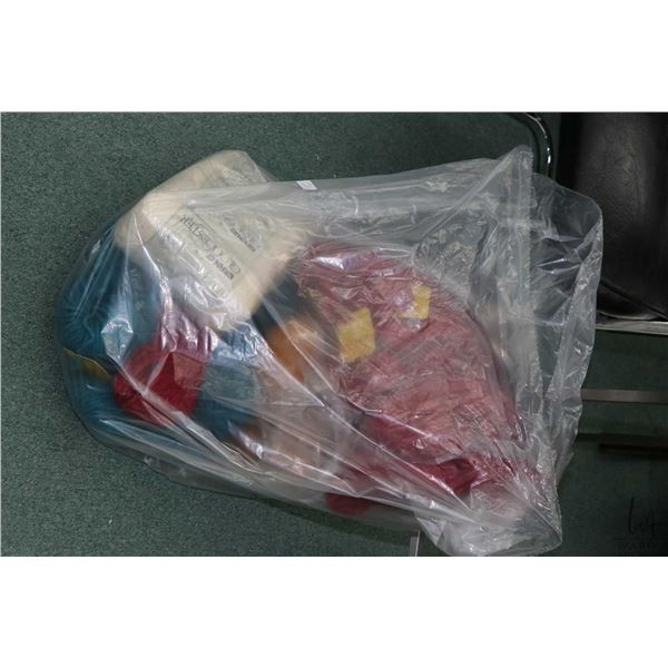 Bag containing bundles of hand knitting yarn including eleven 4 oz. skeins of Indian type yarn in wi