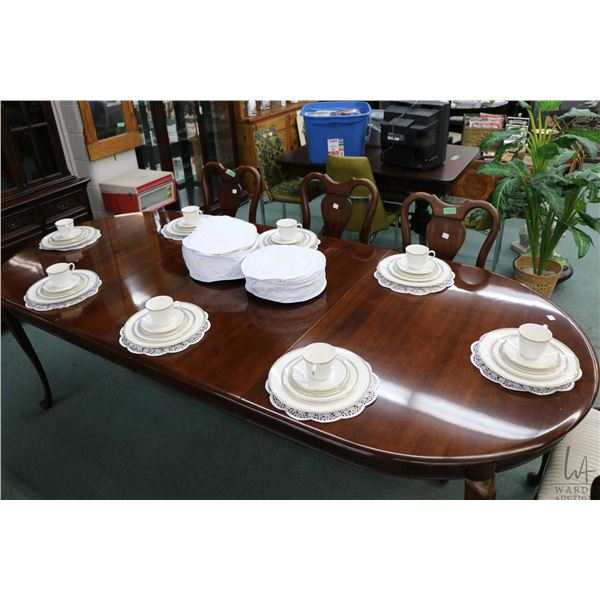 Royal Doulton Oxford Gray bone china including settings for eight of dinner plates, side plates, bre