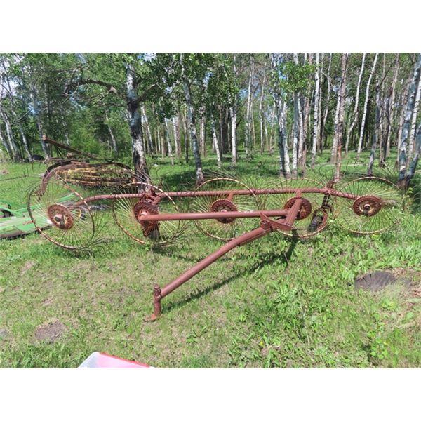 Vicon 5 Wheel Hay Rake S# 30055