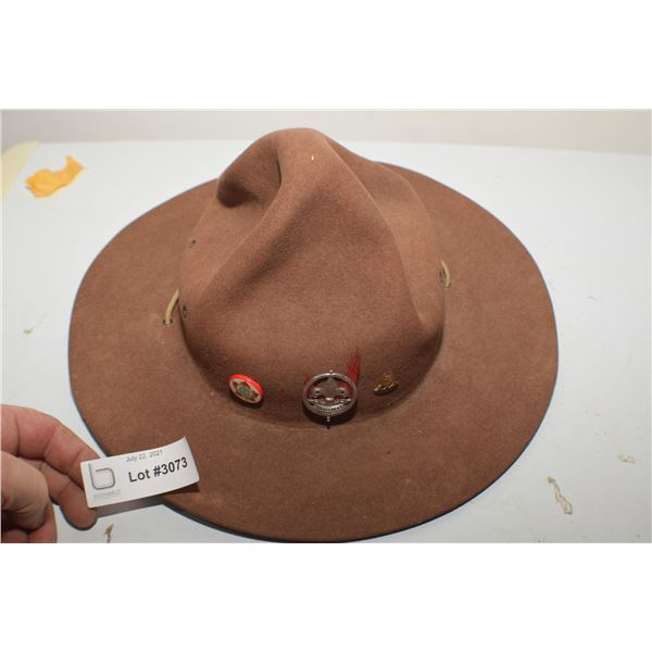 BOY SCOUT VINTAGE STETSON AND PINS