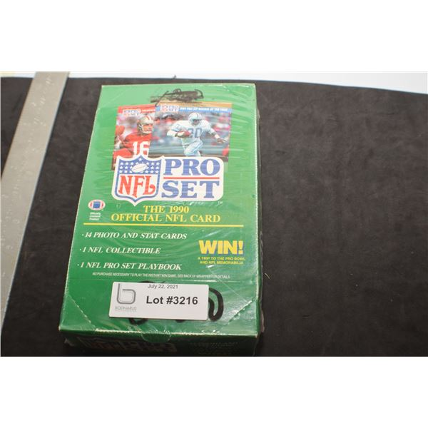 FACTORY SEALED BOX OF NFL FOOTBALL CARDS