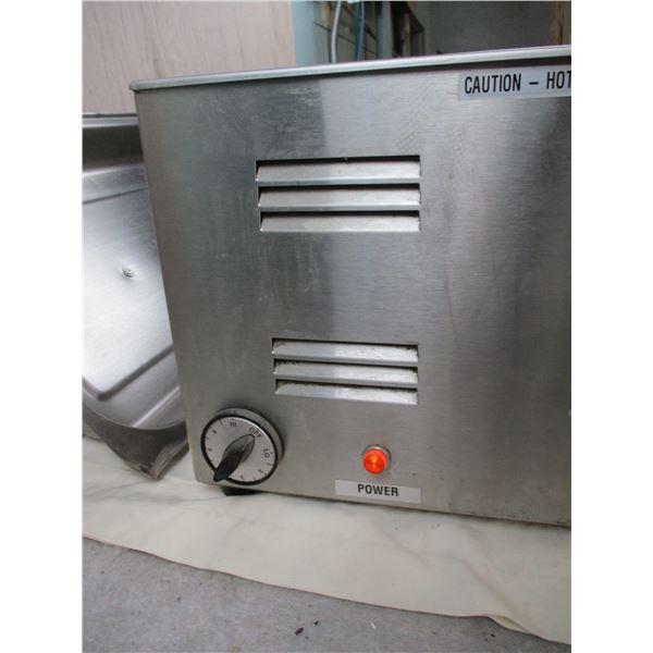 "Duke Stainless Steel Heating Pan - 22.5""x14.5"" - working"
