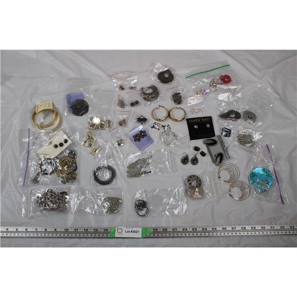 Jewellery Lot - Earrings