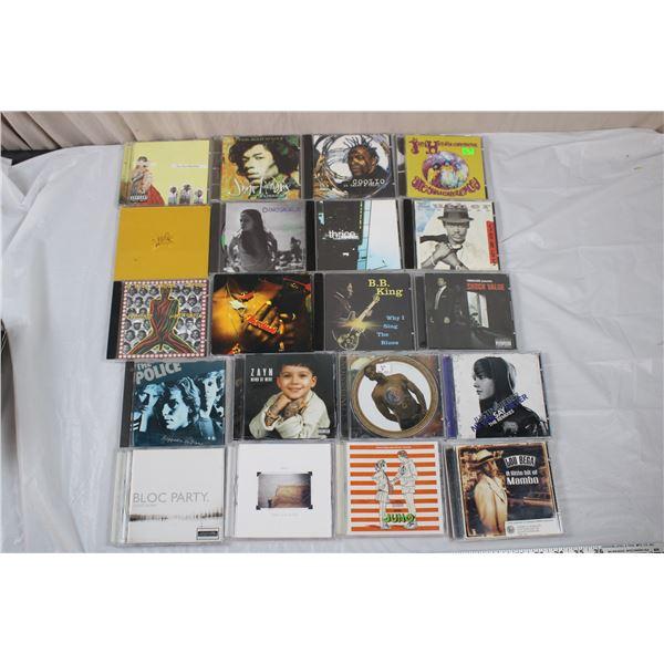 CD Music Lot - Coolio, Usher, Jimi Hendrix, Zayn, Parental Advisory, misc