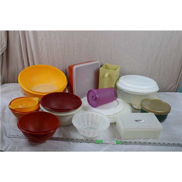 Tupperware lids + containers and various plastic storage containers