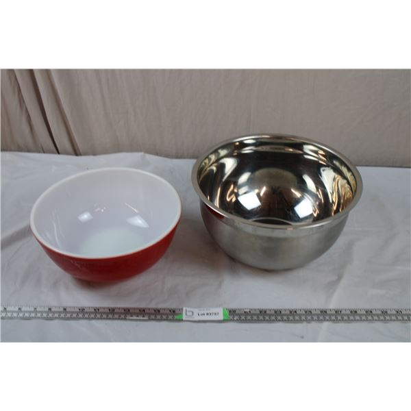 """Red Pyrex Bowl (10.5""""round, 4.5""""tall) + Large Stainless mixing bowl - 12"""" round, 6"""" deep"""