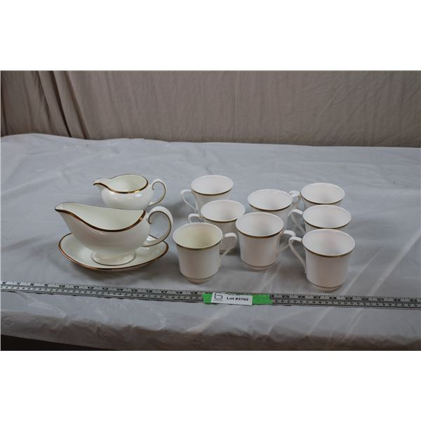 Spode Golden Eternity Coffee Cups (set of 8) with Wedgwood Gravy Bowl/Plate + Creamer