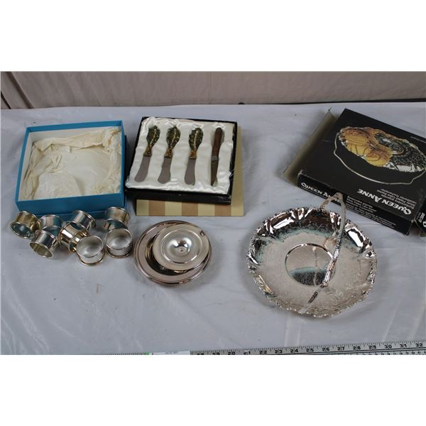 Silver plated brass rings, Queen Anne Silver Plated Cake Basket, Sugar dish, 3/4 bombay knife set