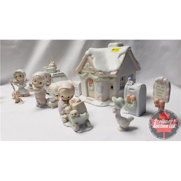 Precious Moments:  Sugar Town Post Office Set Collectable Christmas 1998