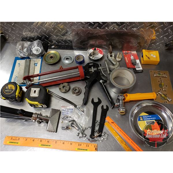 Tray Lot: Magnetic Parts Tray, Silicone Gun, Tape Measures, Hook, etc