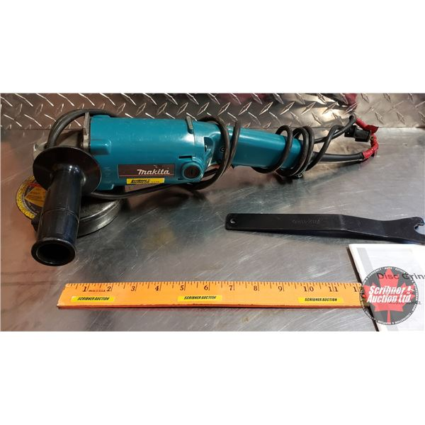 """Makita Angle Grinder 5"""" w/Grinding Disc & Wrench"""