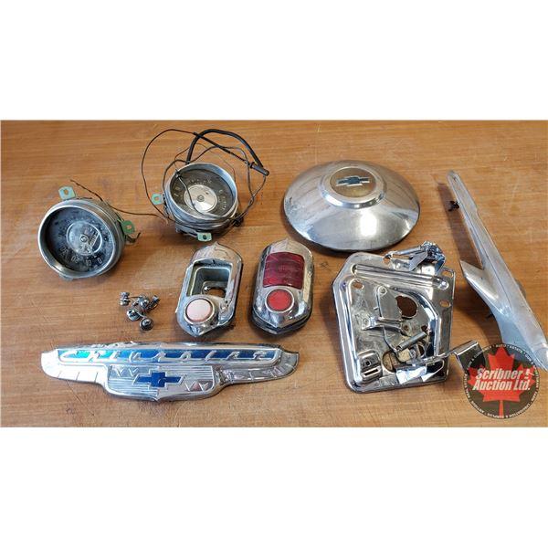 Tray Lot: 1950's Car Parts / Emblems