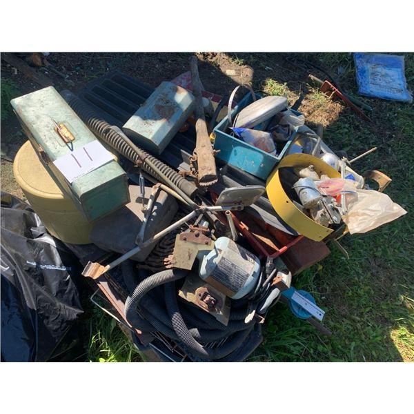 Pallet - Bench grinder, hand tools
