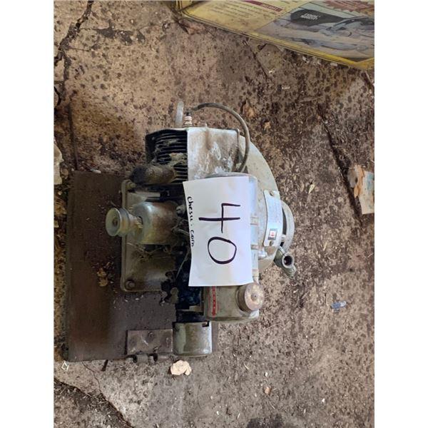 Gas motor - running