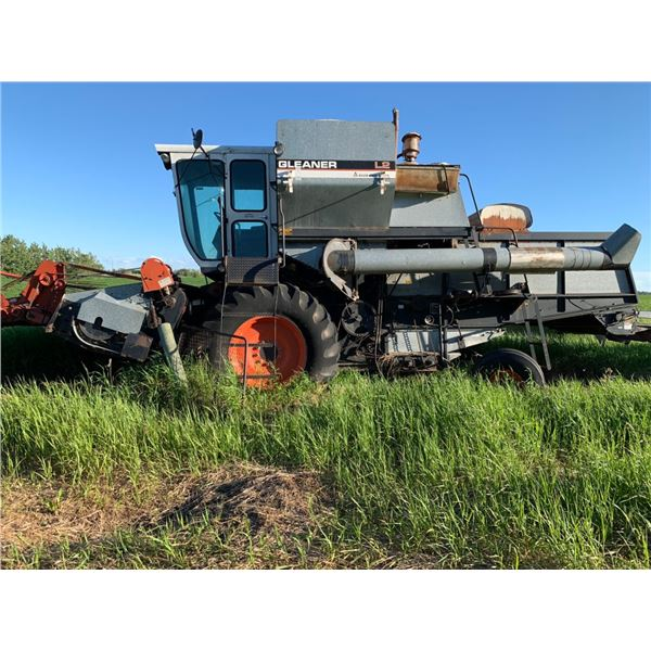 L2 Gleaner SP Combine for parts