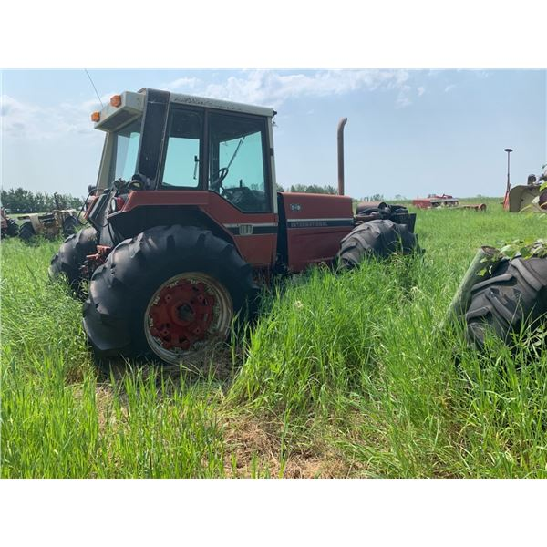 IHC 3788 2+2 tractor for parts