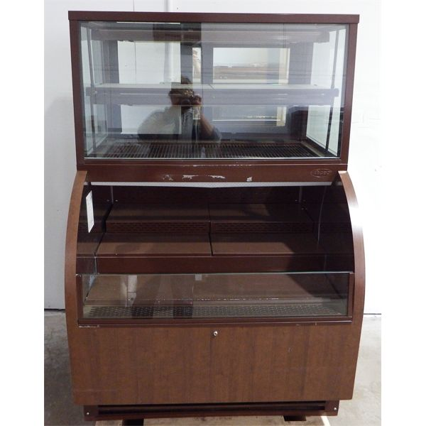 Used QBD Display cooler with Counter Display