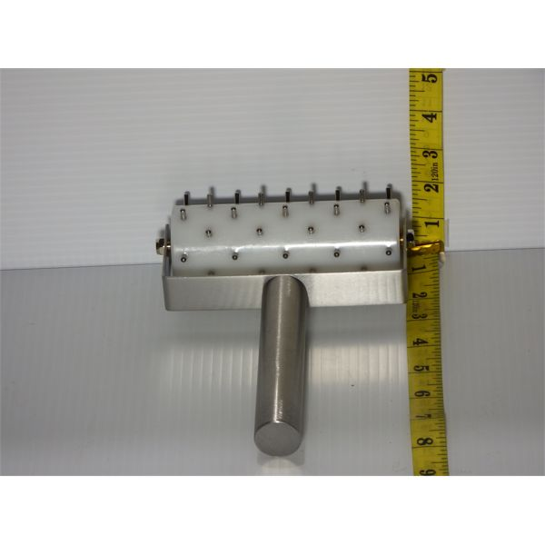 """New Dough Docker - Stainless Steel Pins, Nylon Core, 5"""" Wide Cylinder"""