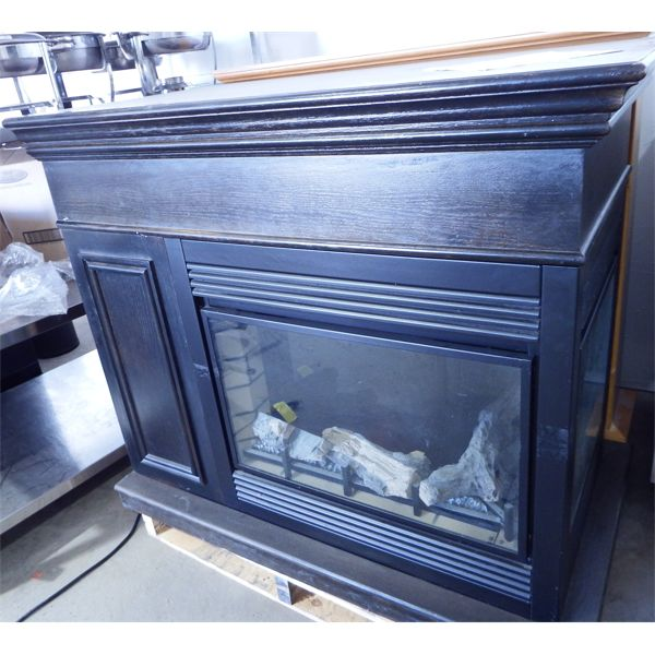 Used 3-way Display Electric Fireplace, Untested