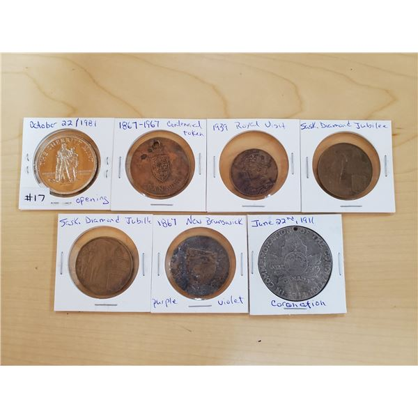 lot of tokens / medallions
