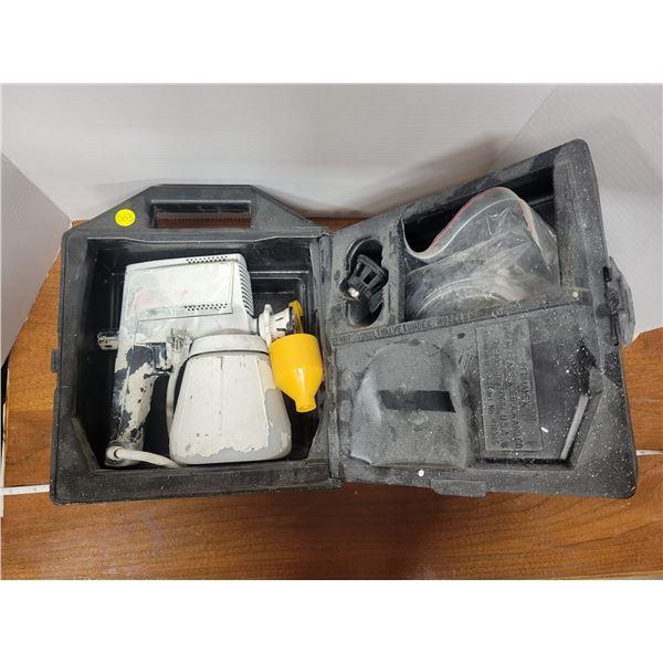 Craftsman paint sprayer with case